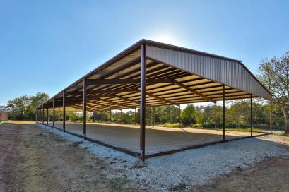 Our full sized covered arena, complete with Fleet fiberized footing!