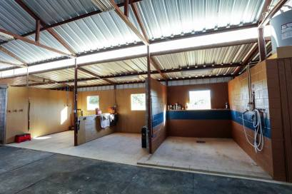 our grooming bays and washrack